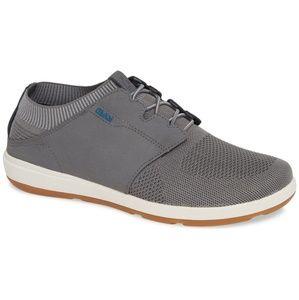 OLUKAI men's Ulana kai Sneaker in gray Size 7